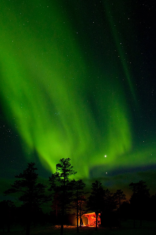 Northern Lights over Shelter - Ice Raven - Sub Zero Adventure - Copyright Gary Waidson, All rights reserved.